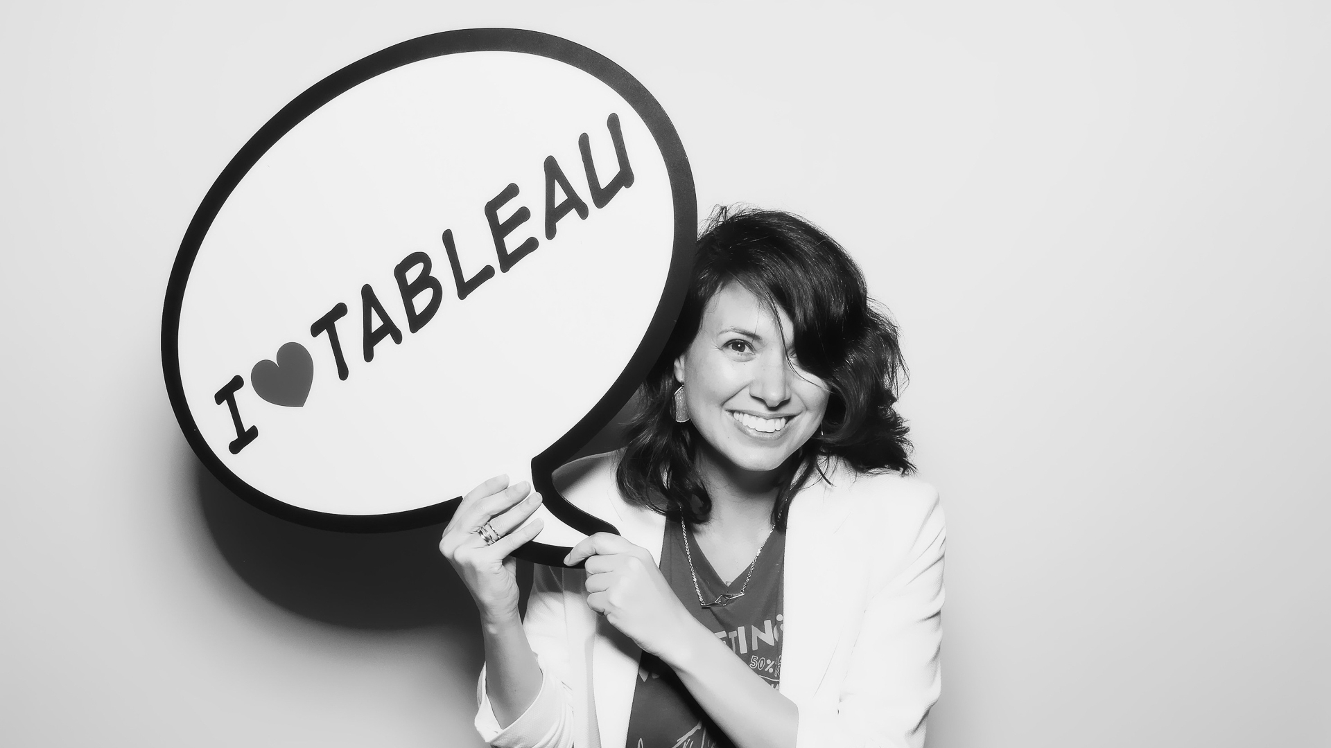 "Adri black and white holds a speech bubble that says ""I heart tableau"""